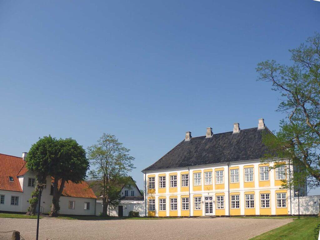 Sandbjerg Slot